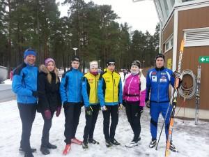 """""""Ronssin syrjään"""": vas. Heikki Haunia, Annika Tunturi, Joni Levä, Marjaana Jussila, Jussi Jussila, Venla Haunia ja Henri Koivisto."""