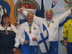 Kraufelin ja Nokua, 84kg pronssia ja yli 84kg kultaa. Mitalit vielä tulossa. Kuvassa molemmilla kaulassa osallistumismitalli.